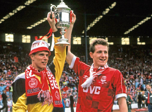 Brian Irvine scored the winning penalty for the Dons in the 1990 Scottish Cup final. He is pictured, right, with Theo Snelders.