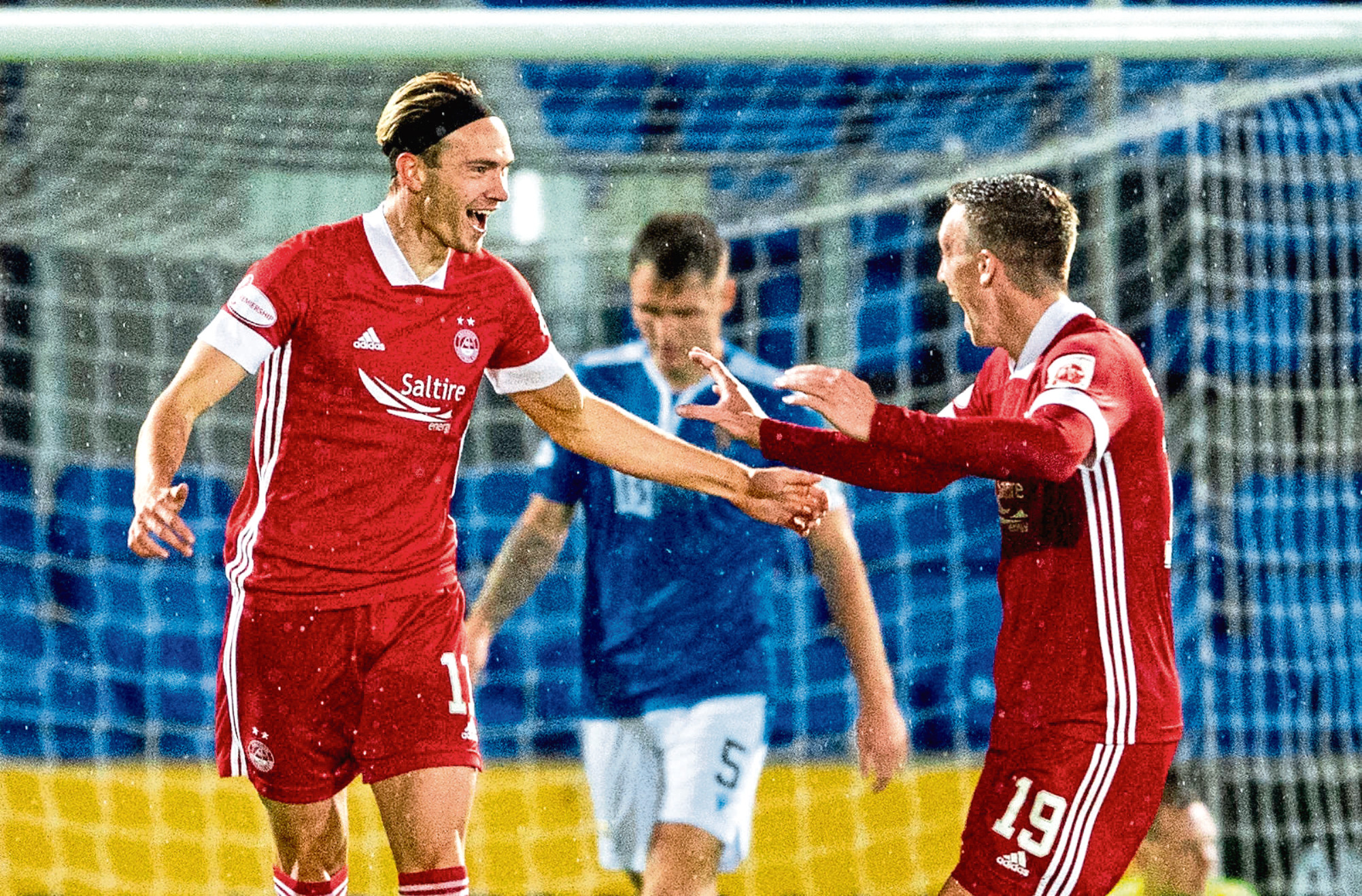 Ryan Hedges netted a late winner for Aberdeen.