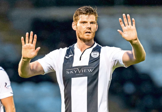 Gary MacKenzie during his time with St Mirren