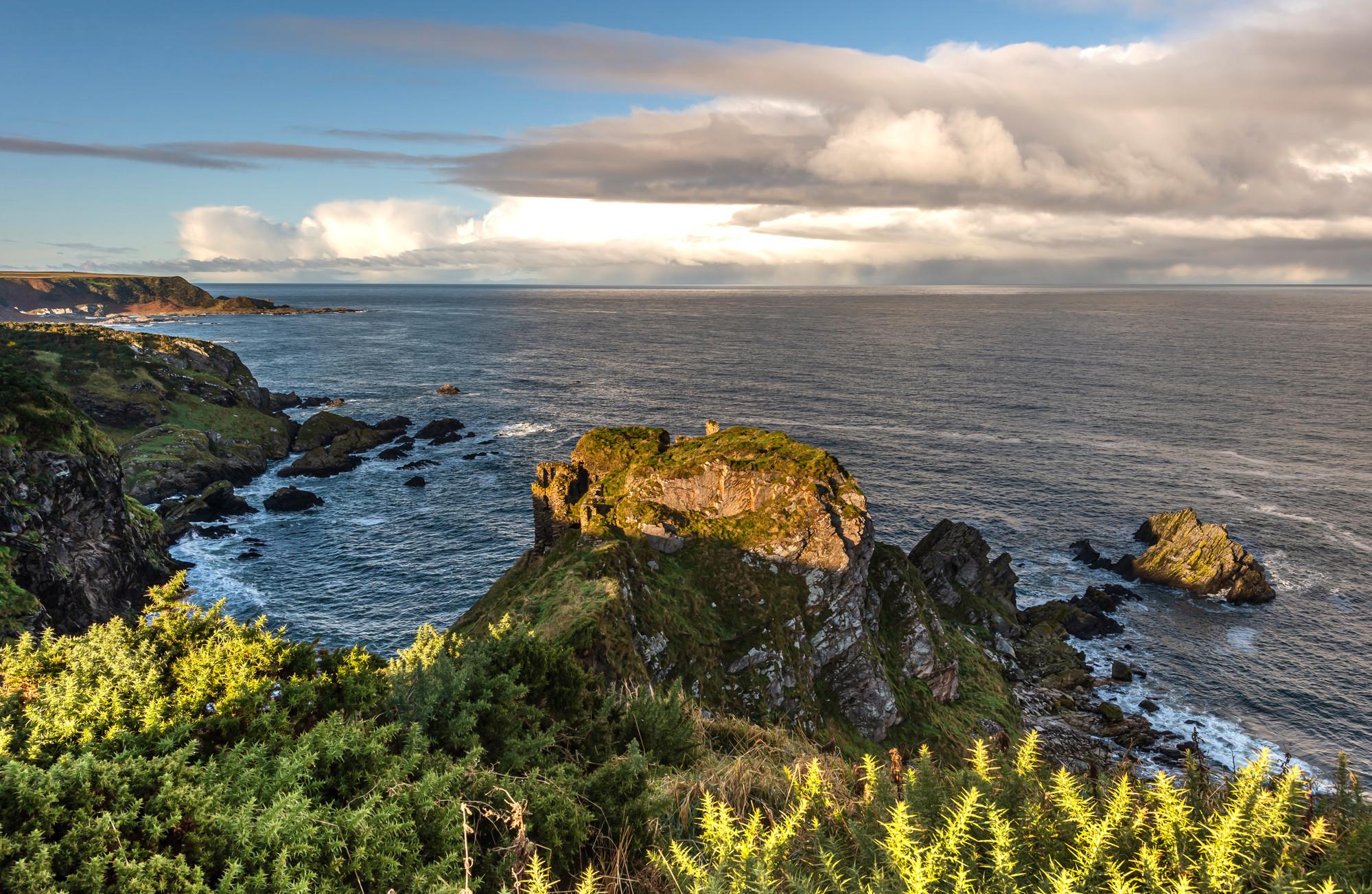 Findlater Castle coastline