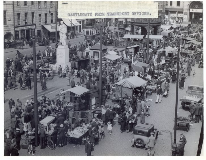 Castlegate Market, as viewed from the Transport Officers, 1938