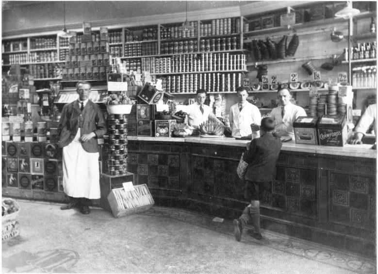 Norco shop interior - 1920
