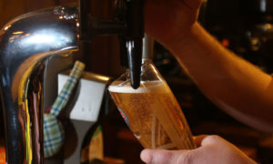 Pub and restaurants must close at 10pm as part of Covid-19 protection measures