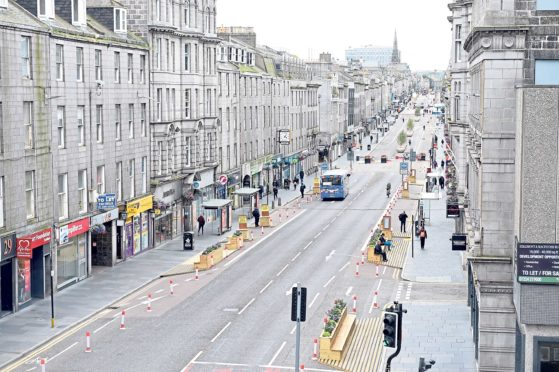 Lockdown would be the 'kiss of death' for Aberdeen businesses, city leaders have claimed