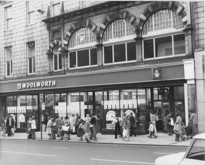 Woolworths on Union Street, 1973