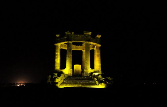 The Stonehaven War Memorial was lit up gold last night to mark the end of  Childhood Cancer Awareness Month.