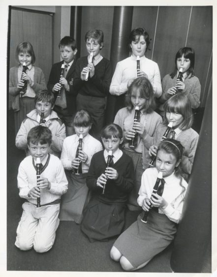 1988: Pupils get ready for the descant 11 and under section in St Nicholas Church.