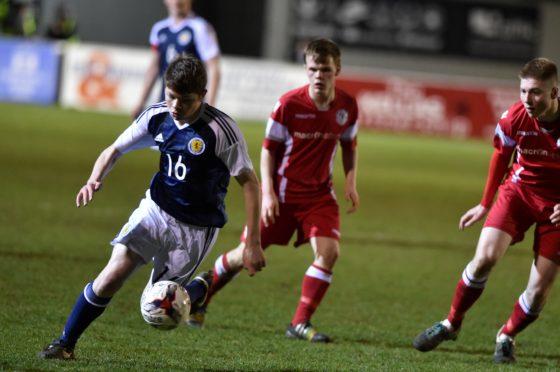 Derryn Kesson playing for Scotland schoolboys against Wales in 2016.