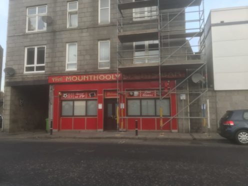 Plans have been submitted to turn the Mounthooly Sports Bar into a takeaway