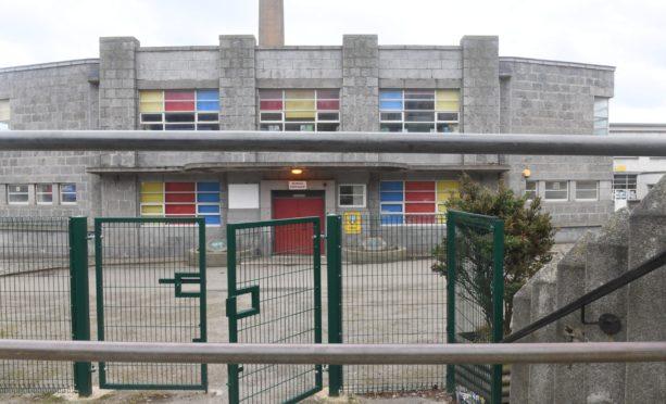 Tullos Primary School in Torry