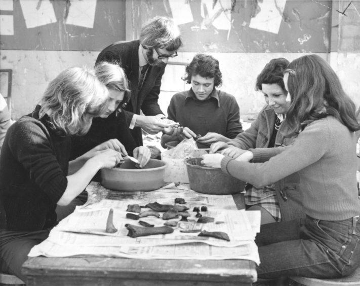 1973: Broad Street dig.