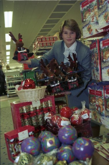 1995: Only 100 shopping days to go to Christmas but the stores are already getting ready for the annual spending spree.