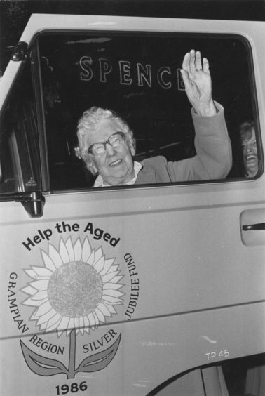 1986: On a late night shopping spree, Mrs Mary Littlejohn (92), a resident of Hanover Street sheltered housing complex, Inverurie, arrives at Marks & Spencer, on the Llanbryde Thursday Club mini bus.