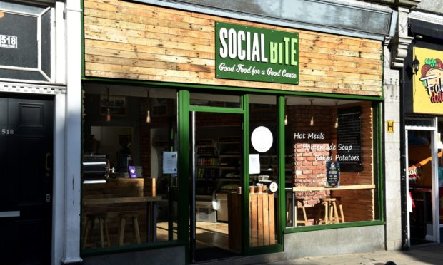 Social Bite on Union Street.  Picture by KENNY ELRICK     28/09/2018