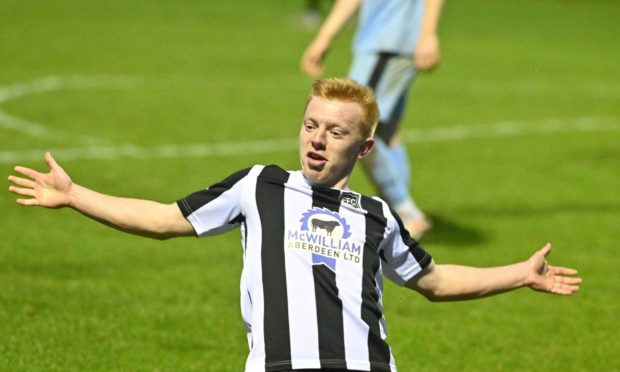 Fraserburgh's Lewis Duncan, left, has signed a new deal at the Highland League club.