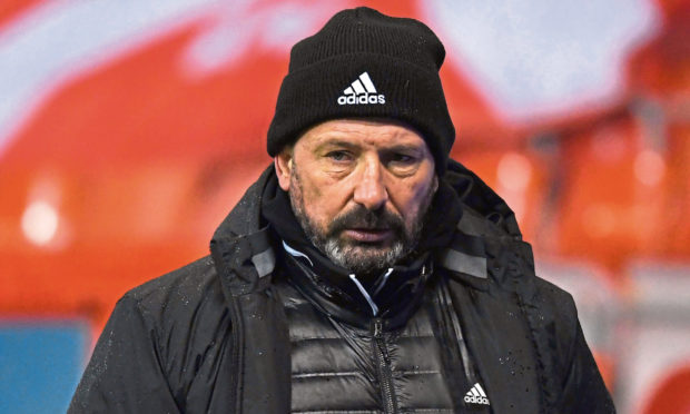 ABERDEEN, SCOTLAND - FEBRUARY 02: Aberdeen manager Derek McInnes during the Scottish Premiership match between Aberdeen and Livingston at Pittodrie Stadium on February 02, 2021, in Aberdeen, Scotland. (Photo by Craig Foy / SNS Group)