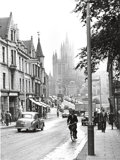 1959: Here's Schoolhill to-day; with some of the intervening buildings removed and a better view of Marischal.