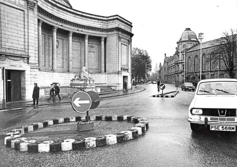1976: In operation yesterday; the new mini roundabout where Schoolhill meets Rosemount Viaduct
