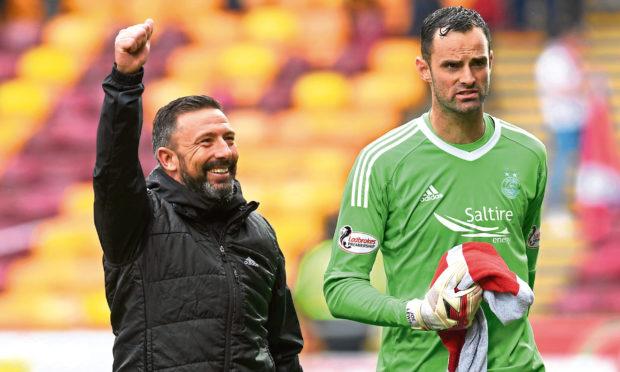 Former Aberdeen manager Derek McInnes (L) with Joe Lewis.