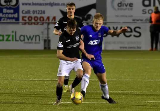 Cove Rangers' Harry Milne in action against Montrose.