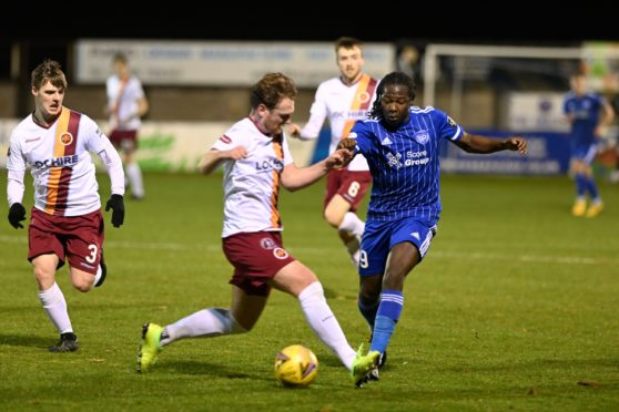 Peterhead and Stenhousemuir were playing for the right to host Kilmarnock in the third round.