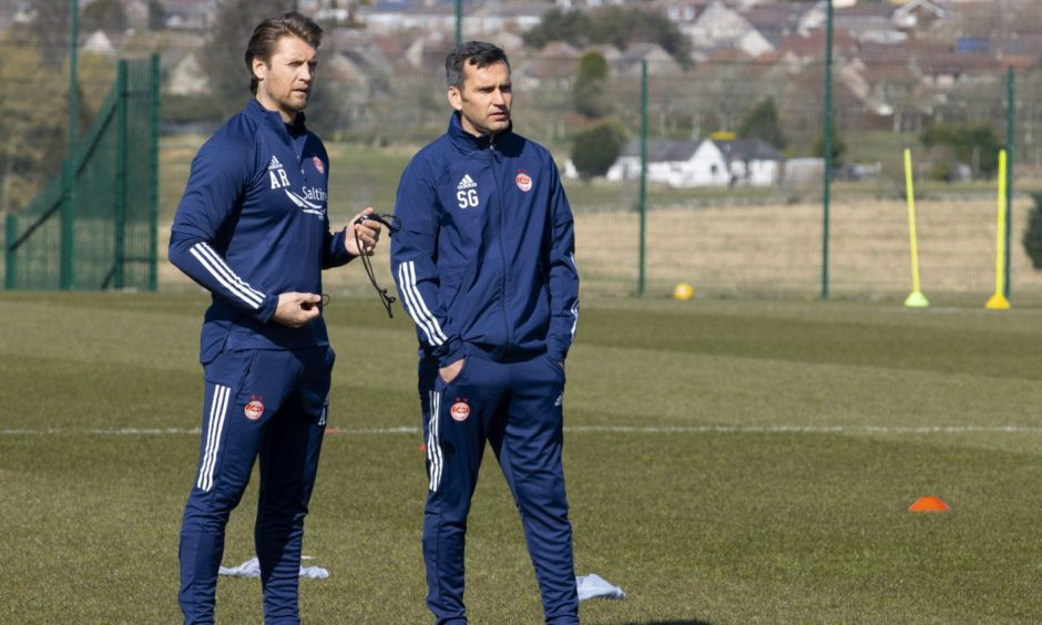 New Aberdeen manager Stephen Glass (R) and assistant first team coach Allan Russell.