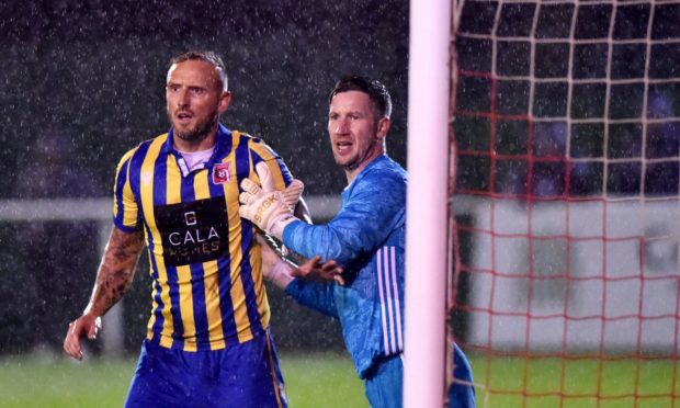 Kevin Main, right, is returning to Buckie Thistle.