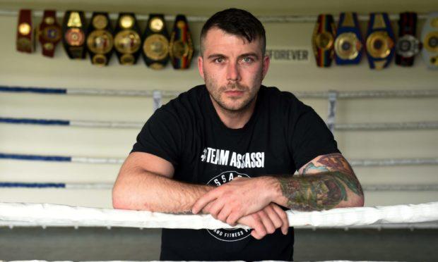 Aberdeen Assassin Lee McAllister will face Richmond Djarbeng in a rematch.