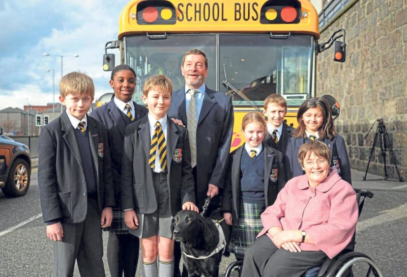 David Blunkett MP, in his role as chairman of the Yellow Bus Commission, and Anne Begg make a visit to the school