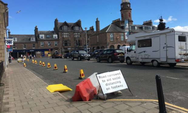 Spaces for People measures in Stonehaven will be removed next week.