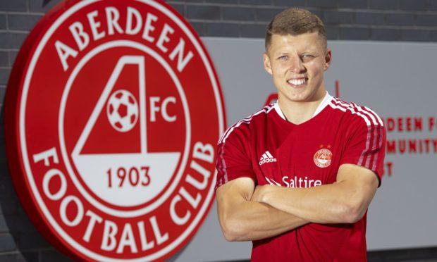 Aberdeen have signed Jack Gurr