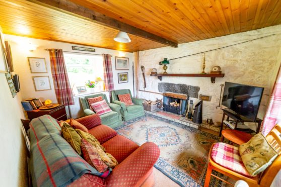 The living room of Artindigh cottage.