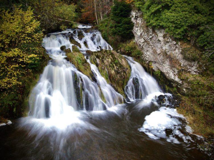VA May - RediscoverABDN - Scott Gilbert - Dess Waterfall