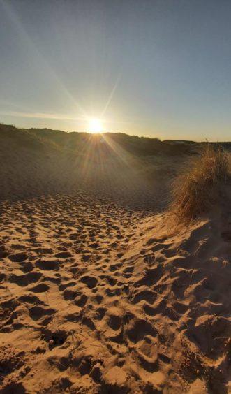 VA May - RediscoverABDN - Susan Clark - Newburgh Beach at sunset