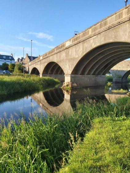 VA May - RediscoverABDN - Susan Clark - The River Ythan in Ellon