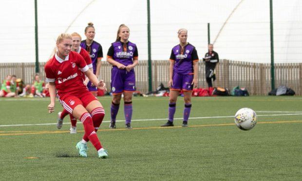 Francesca Ogilvie scoring for Aberdeen Women.