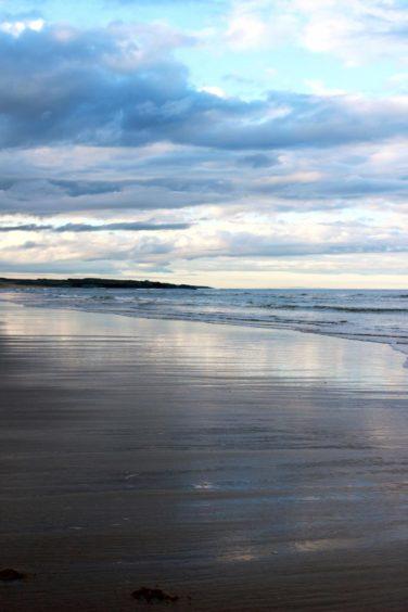 VA Rediscover August - Lynsey Macready - Newburgh Beach at sunset