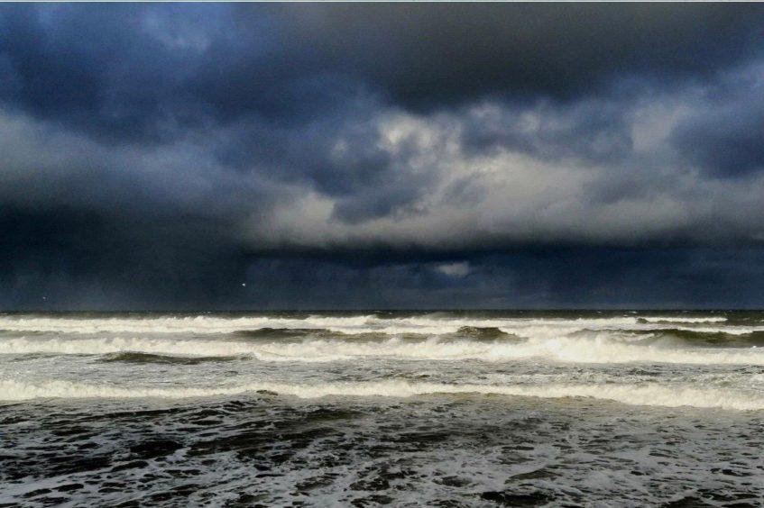VA Rediscover August - Megan Smith - Stormy seas at Cullen Beach