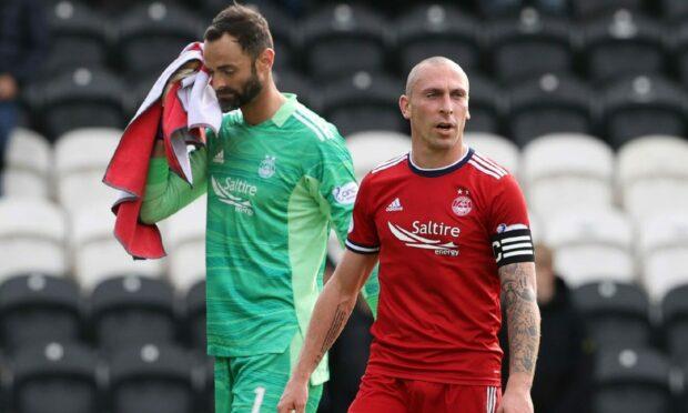 Aberdeen's Joe Lewis and Scott Brown look dejected following the 3-2 loss at St Mirren.