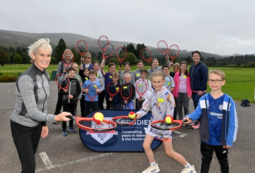 Judy Murray with pupils from Ballater Primary School.