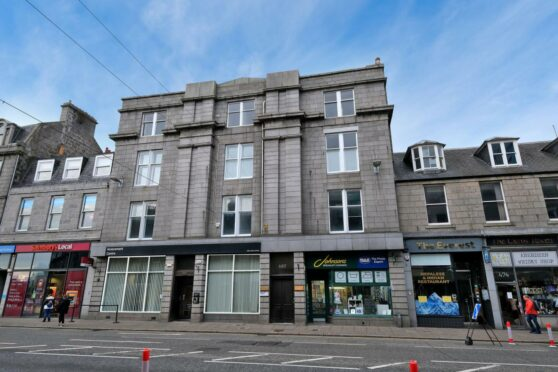 modern flat in Aberdeen centre
