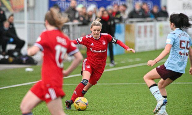 Aberdeen women beaten 3-2 by Hearts