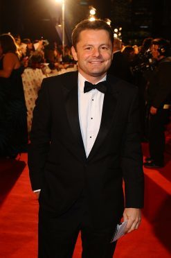 chris hollins strictly celebs take unofficial dance lessons before