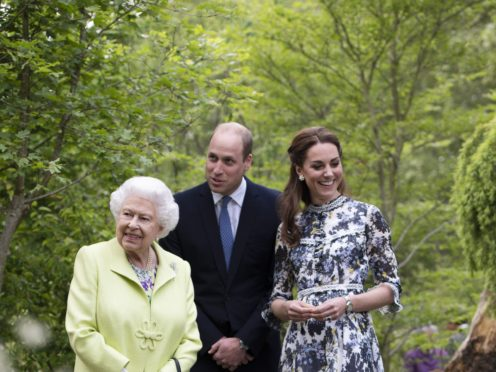 The Queen with the Duke and Duchess of Cambridge (Geoff Pugh/PA)