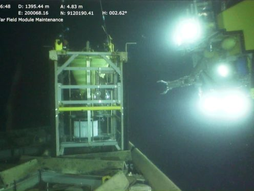Remotely-Operated Vehicle retrieves one of the instrumentation modules at the seafloor (DELOS Consortium/PA)