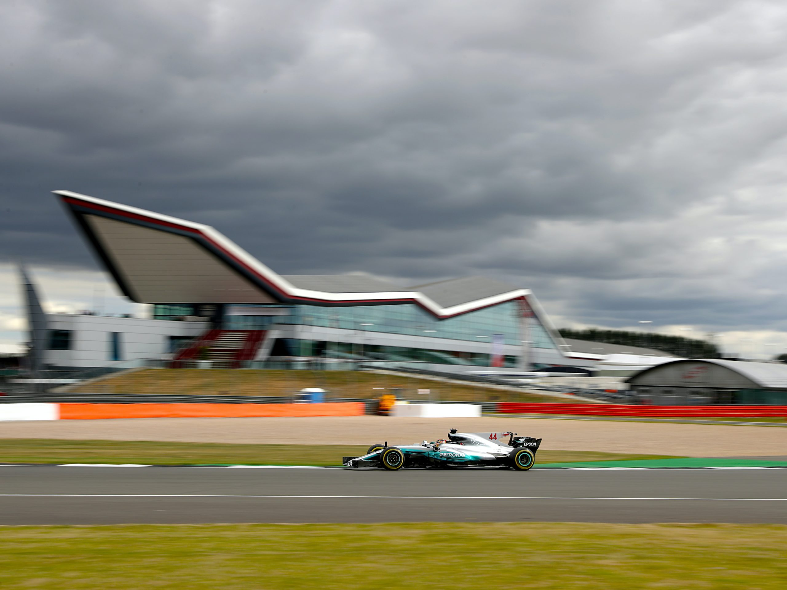 Silverstone receives green light to host two F1 races this summer – reports
