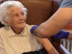Joan Willett receives her Covid jab (Old Hastings House/British Heart Foundation)