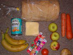 A food parcel (Roadside Mum/Twitter/PA)