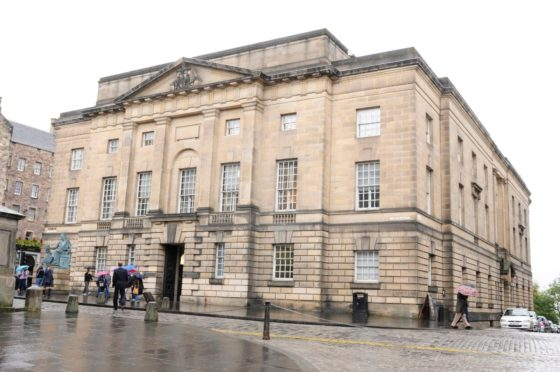 Two men jailed after being caught with £160,000 drugs in Aberdeen