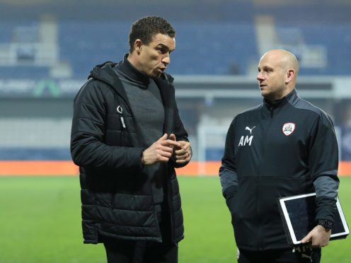 Barnsley manager Valerien Ismael , left, has seen his side make it six wins in a row (Adam Davy/PA)